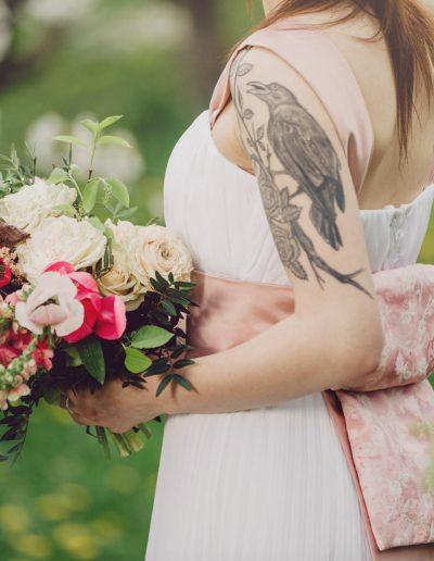 beautiful-moments-slub-wesele-sesja-w-sadzie039