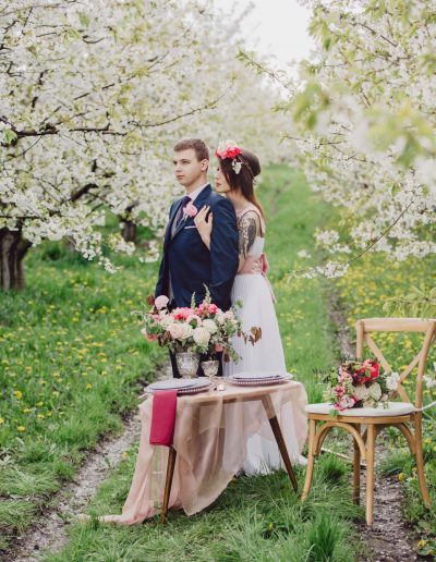 beautiful-moments-slub-wesele-sesja-w-sadzie045
