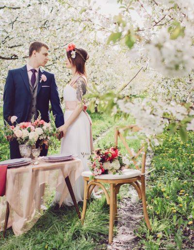beautiful-moments-slub-wesele-sesja-w-sadzie046