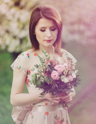 beautiful-moments-slub-wesele-sesja-w-sadzie098